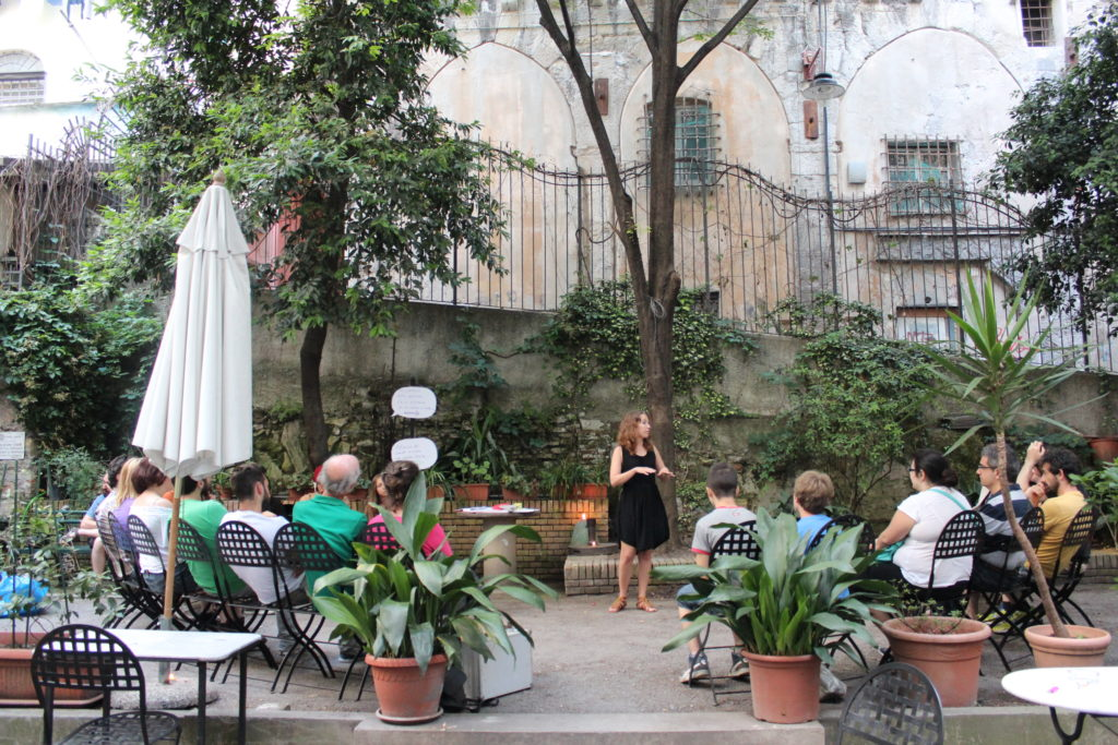 Telling a story during June 2016 storytelling cafè